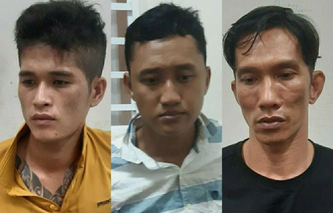 Ba nghi phạm Hiệp, Vinh và Điền tại cơ quan công an. Ảnh: Nam Em.