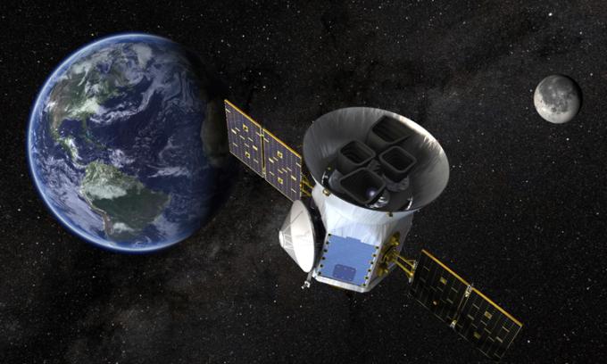Vệ tinh TESS của NASA có nhiệm vụ tìm kiếm ngoại hành tinh. Ảnh: NASA/GSFC.