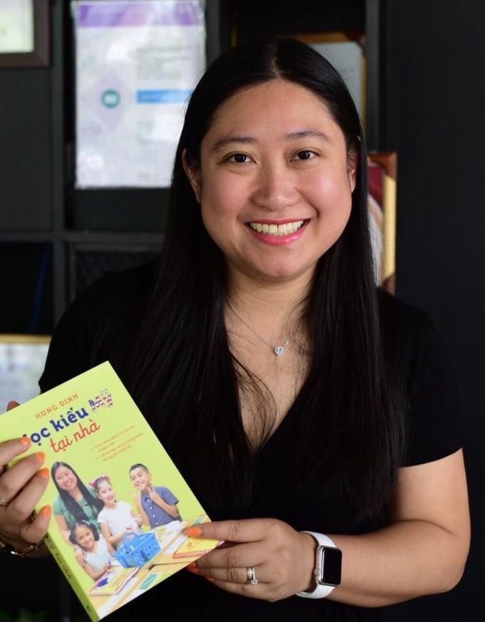 Chị Đinh Thu Hồng là tác giả cuốn Học kiểu Mỹ tại nhà. Ảnh: Nhân vật cung cấp.