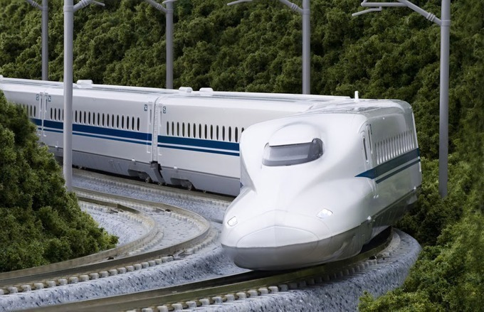 Tàu cao tốc Shinkansen ở Nhật Bản. Ảnh: Ảnh:Japantourist/Kyotostation.