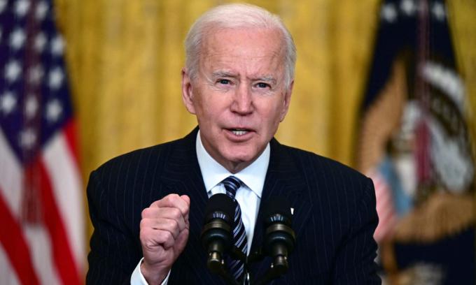 Tổng thống Mỹ Joe Biden phát biểu về nỗ lực tiêm chủng quốc gia tại Nhà Trắng hôm 18/3. Ảnh: AFP.
