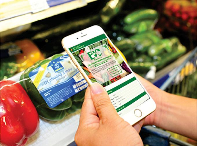 Công nghệ mã vạch sẽ giúp người dùng thêm thông tin về sản phẩm. Ảnh: ST.