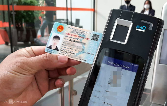 Mã số định danh gồm 12 số được tích hợp in trên mặt trước thẻ Căn cước công dân hiện nay. Ảnh: Bá Đô