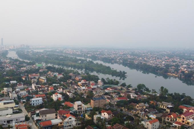 Thừa Thiên Huế xác định trục dọc bờ sông Hương làm hướng phát triển đô thị. Ảnh: Võ Thạnh