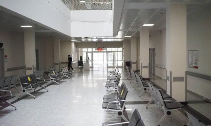 Khu vực tiêm chủng mới của Bệnh viện Sancaktepe vắng bóng người vào một buổi sáng tháng 3. Ảnh: Washington Post.