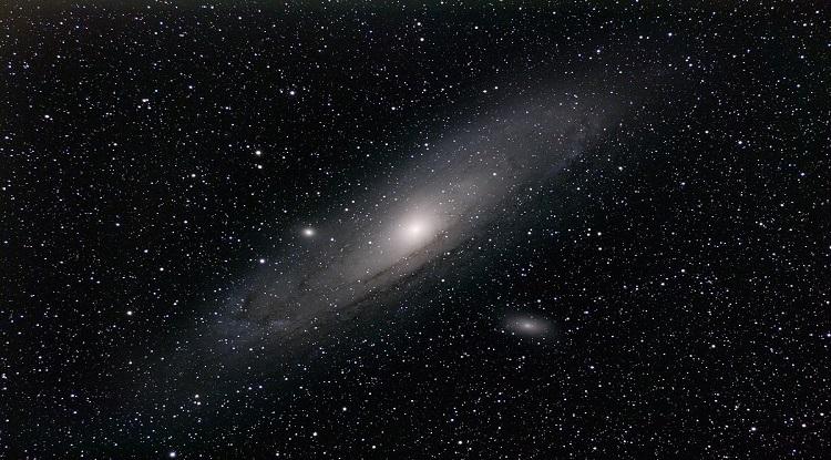 Phát hiện 44 thiên hà lùn siêu nhỏ mới