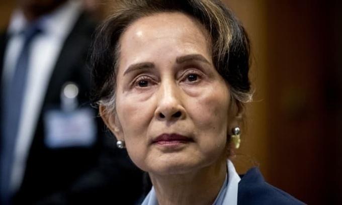 Bà Suu Kyi bị cáo buộc thêm tội danh
