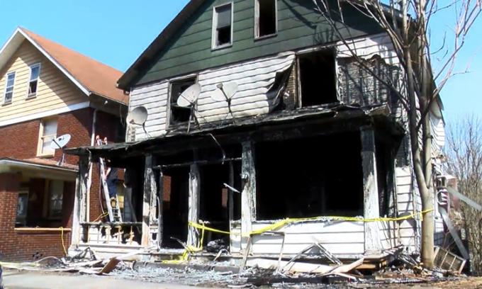 Hiện trường căn nhà bị 4 bé gái đốt ở hạt Cambria, bang Pennsylvania đầu tháng này. Ảnh: WTAJ TV.