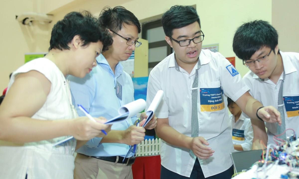 VinUni mở khóa học miễn phí về robotics cho học sinh