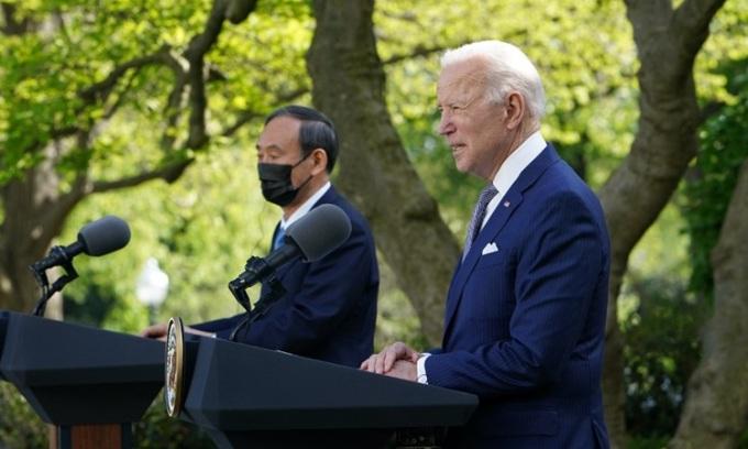Biden – Suga nhất trí chống Trung Quốc ở Biển Đông, Hoa Đông