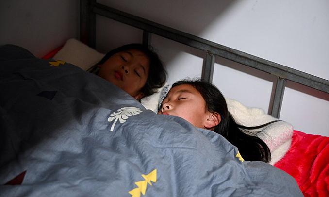 Trường học Trung Quốc lùi giờ vào lớp để học sinh ngủ thêm