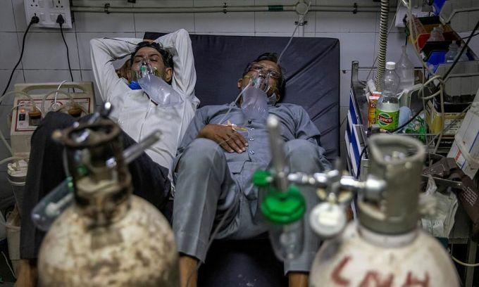 Vì sao Ấn Độ thiếu oxy?