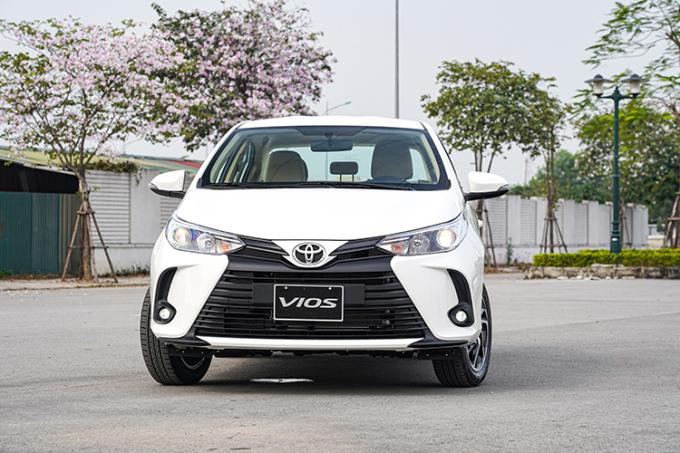 Toyota Vios 2021 có ngoại thất bắt mắt hơn phiên bản trước.