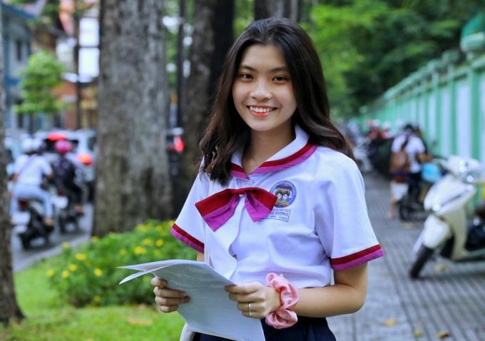 Thí sinh dự thi tốt nghiệp THPT năm 2020 tại TP HCM. Ảnh: Quỳnh Trần.