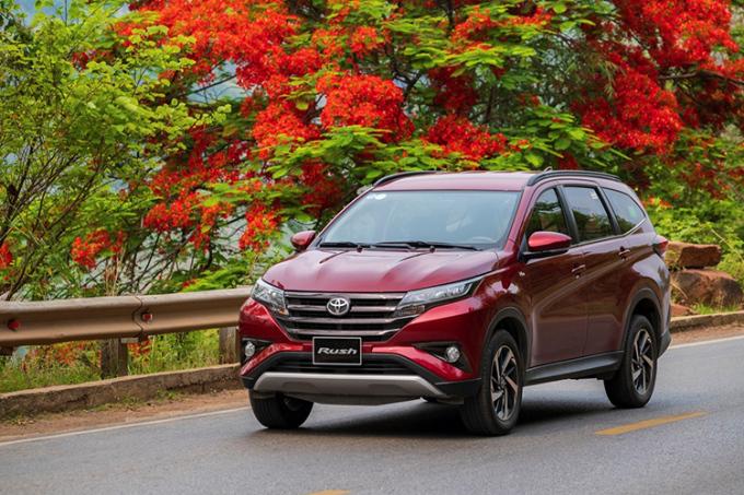 Rush được thiết kế nhiều công năng, đặc trưng của những mẫu xe Toyota.