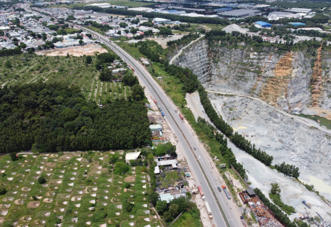 Vành đai 3 TP HCM hiện chỉ đoạn dài hơn 16 km thuộc tuyến Mỹ Phước - Tân Vạn (Bình Dương) được đầu tư hoàn thành và đưa vào khai thác. Ảnh: Gia Minh.