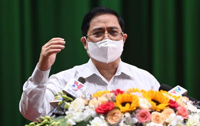 Thủ tướng Phạm Minh Chính phát biểu tại buổi tiếp xúc cử tri, ngày 8/5. Ảnh: Cửu Long.
