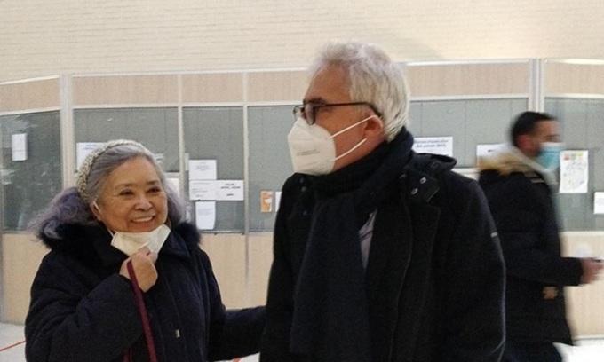 Bà Trần Tố Nga (trái) tới phiên xét xử hồi tháng 1. Ảnh: Facebook/Collectif Vietnam-Dioxine.