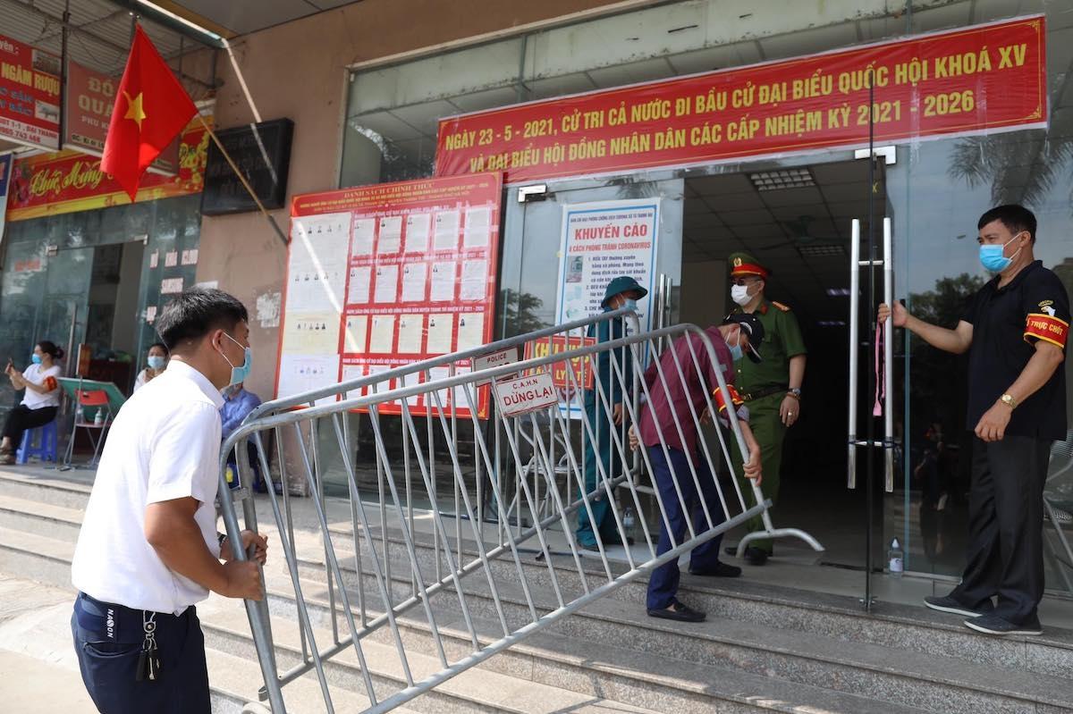Hà Nội phong tỏa ba tòa nhà ở chung cư Đại Thanh