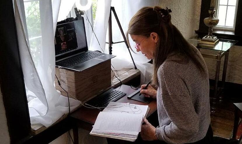Nữ giáo sư giúp người nhập cư đối phó với Covid-19