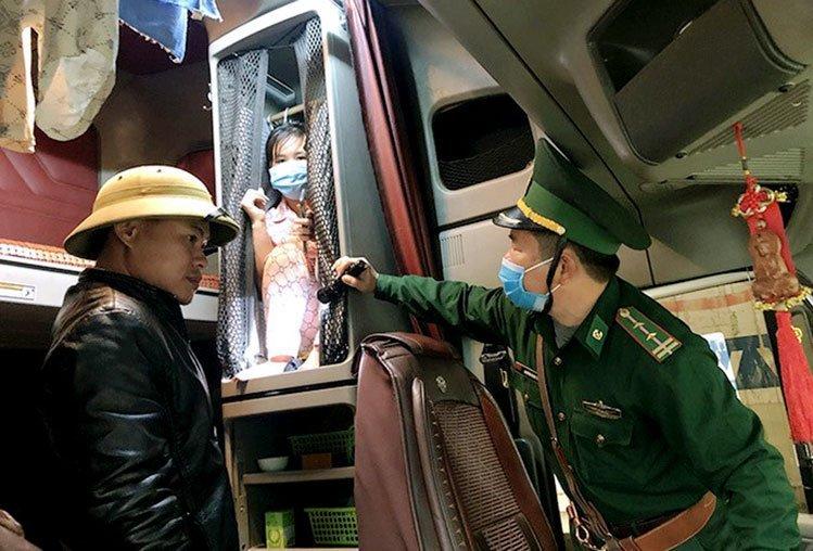 Chiêu nhập cảnh trái phép trên biên giới Việt - Lào