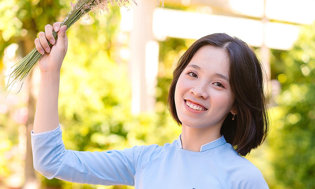 Bí quyết tự học tiếng Anh đạt 8.0 IELTS của cô gái Đà Nẵng