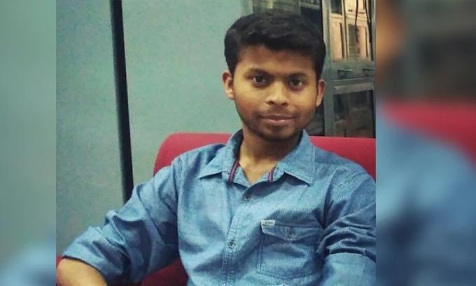 Anas Mujahid, một bác sĩ Ấn Độ, qua đời khi đang làm nhiệm vụ hôm 9/5, chỉ vài giờ sau khi phát hiện dương tính nCoV. Ảnh: Twitter/@drsitu