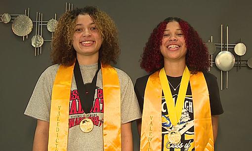 Chị em trở thành thủ khoa hai trường trung học