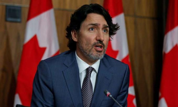 Thủ tướng Canada Justin Trudeau phát biểu trong một cuộc họp báo tại Ottawa hôm 18/5. Ảnh: Reuters.