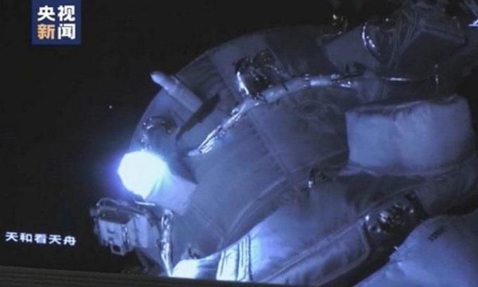 Tàu Thiên Châu 2 ghép nối với module lõi Thiên Hà. Ảnh: SCMP.
