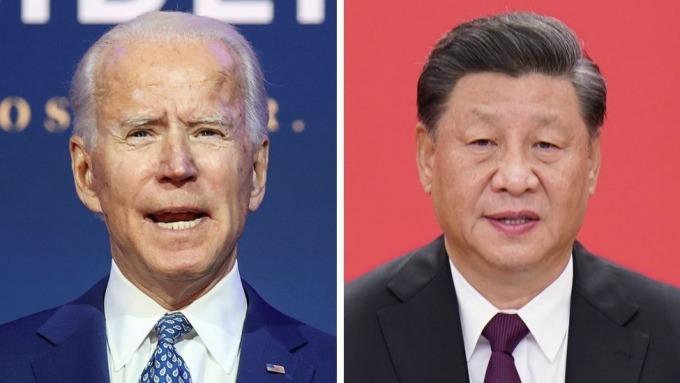 Tổng thống Mỹ Joe Biden (trái) và Chủ tịch Trung Quốc Tập Cận Bình. Ảnh:Reuters.