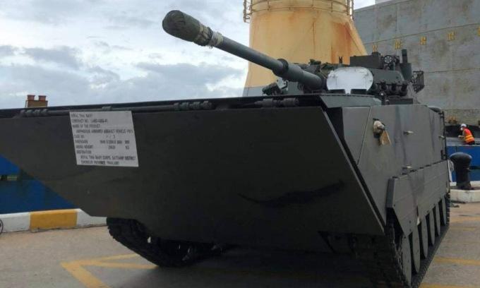 Một trong ba xe tăng VN16 được bàn giao cho Thái Lan hồi tuần trước. Ảnh: Bangkok Post.