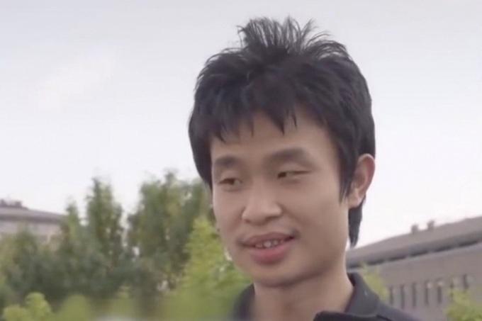 Wei Dongyi, giảng viên Đại học Bắc Kinh, trong cuộc phỏng vấn gây chú ý tuần qua. Ảnh: Baidu.