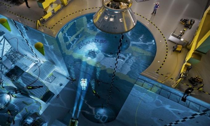 Thiết kế của bể bơi Blue Abyss. Ảnh: New Atlas.