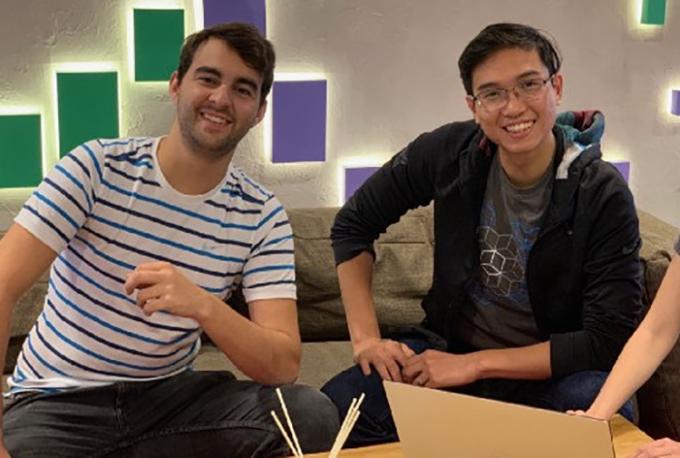 Hai nhà đồng sáng lập: Lucas Cunha - COO (người Brazli - trái) và Nhật Nguyễn - CEO (phải). Ảnh: NVCC.