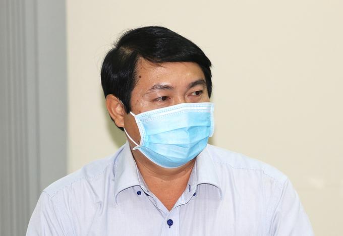 Chủ tịch quận Gò Vấp Nguyễn Trí Dũng tại cuộc làm việc với lãnh đạo UBND thành phố về phòng chống dịch tại quận, chiều 1/6. Ảnh: Gia Minh.