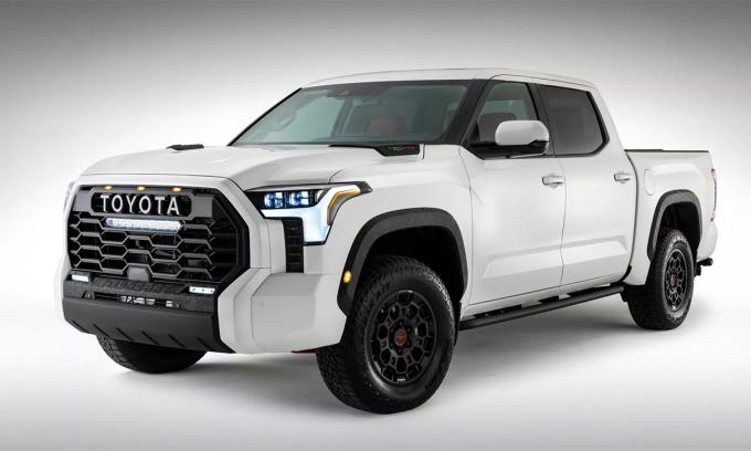 Mẫu bán tải cỡ lớn Tundra 2022 lộ diện trên Twitter. Ảnh: Toyota