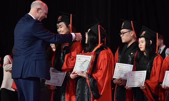 12 học sinh VAS nhận học bổng du học hơn 60 tỷ đồng