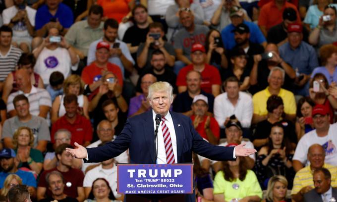 Cựu tổng thống Donald Trump tại sự kiện vận động ở Ohio năm ngoái. Ảnh: AP.