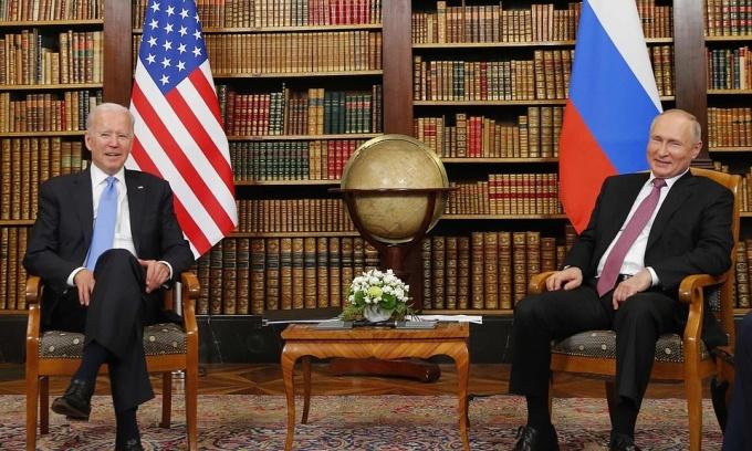 Nga – Trung xích lại gần nhau đối trọng phương Tây