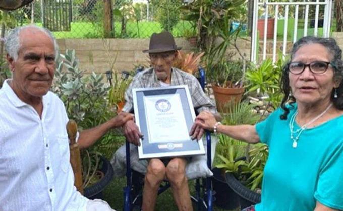 Cụ 112 tuổi là người đàn ông thọ nhất thế giới