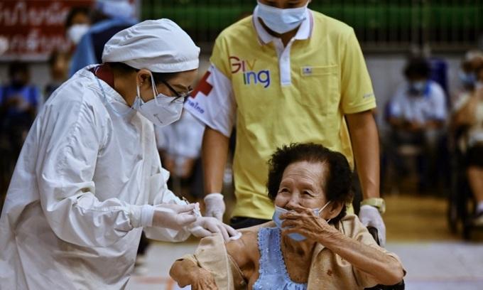 Ca tử vong do Covid-19 Thái Lan tăng kỷ lục