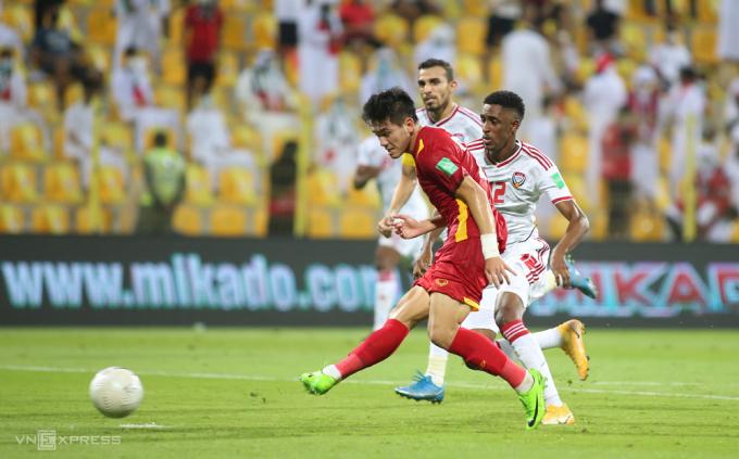 Nguyễn Tiến Linh đang có phong độ cao, ghi bàn trong cả ba trận gặp Indonesia, Malaysia và UAE. Ảnh: Lâm Thoả
