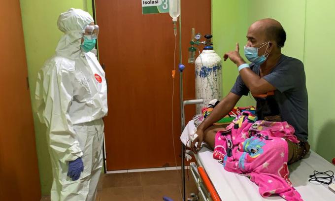 Bác sĩ Indonesia kể thảm cảnh giữa Covid-19