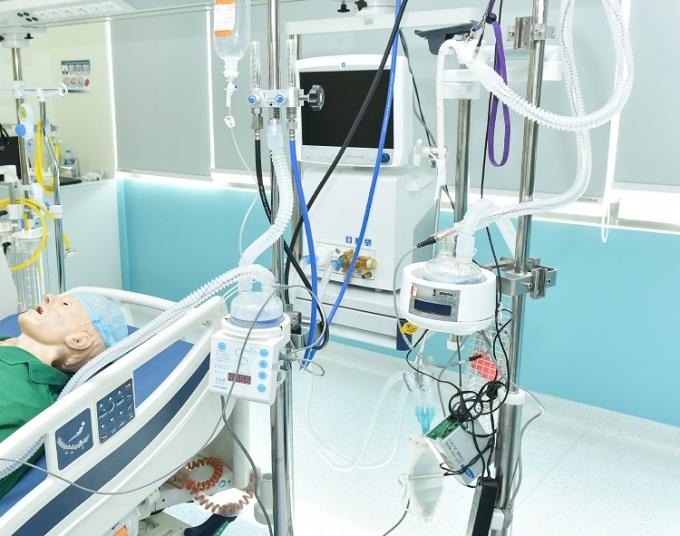 Chế tạo máy oxy dòng cao cho bệnh nhân Covid-19 - 1