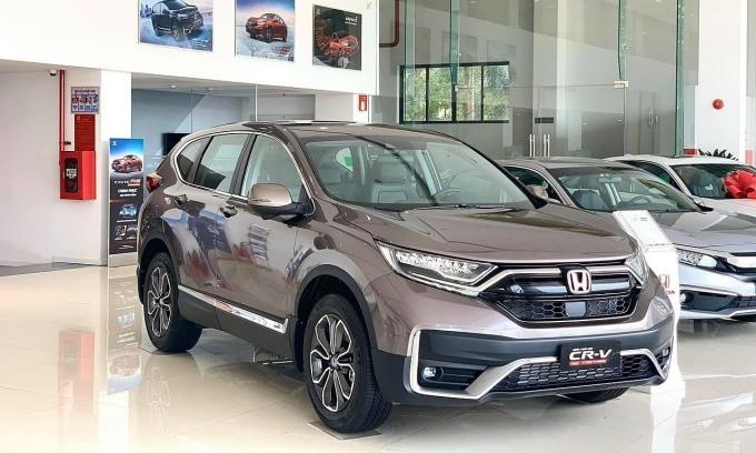 Honda CR-V 2021 tại một đại lý ở Hà Nội. Ảnh: Đoàn Dũng