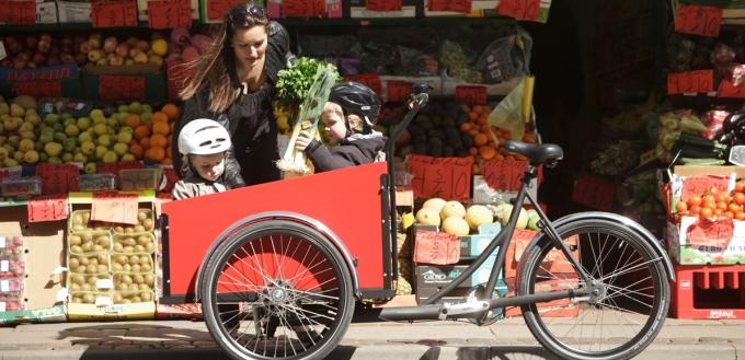 Loại xe đạp có thùng để đi chợ kết hợp chở trẻ em. Ảnh: Denmark.dk