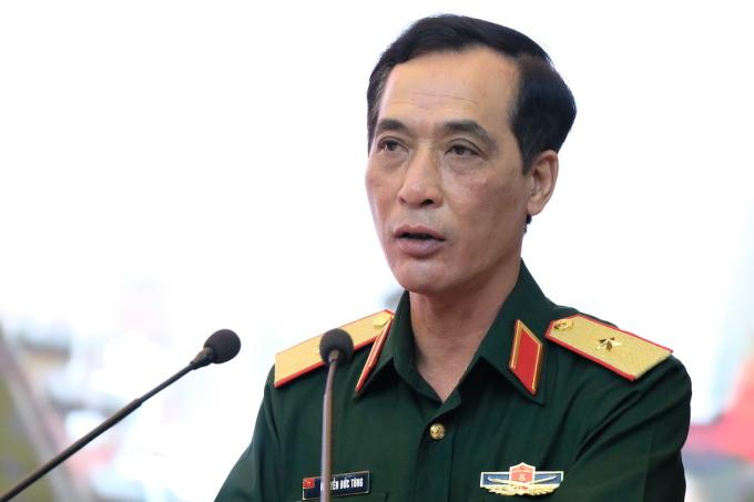 Cục trưởng Vận tải - Thiếu tướng Nguyễn Đức Tùng thông tin tại cuộc họp Ban chỉ đạo phòng, chống Covid-19 Bộ Quốc phòng sáng 14/7. Ảnh: Hoàng Thùy