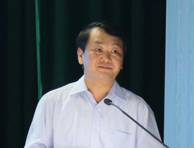 Bộ trưởng, Chủ nhiệm Ủy ban Dân tộc Hầu A Lềnh phát biểu tại hội nghị. Ảnh: NX.