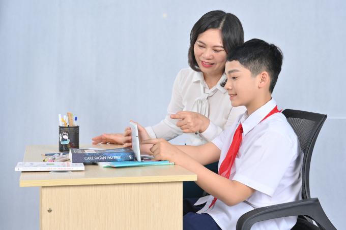 Phụ huynh cần hiểu đúng cách kiểm tra, đánh giá kết quả học tập của con theo chương trình mới.